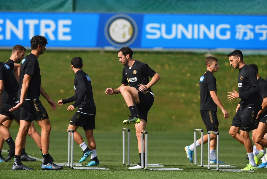 Heading towards the #DerbyMilano, the team hard at work