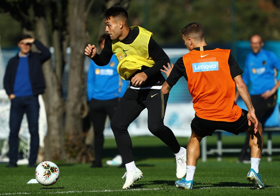 Heading towards Sassuolo vs. Inter, a double session for the team