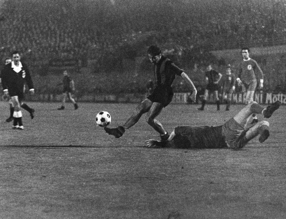 The scorer of a unique goal against Liverpool: Peiró, a Grande Inter icon