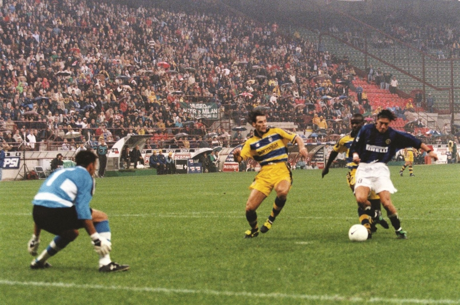 Inter Classics: tonight, we'll rewatch Inter 5-1 Parma from 1999 together