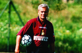 "A real gentleman: Gigi Simoni remembered by ""his players"""