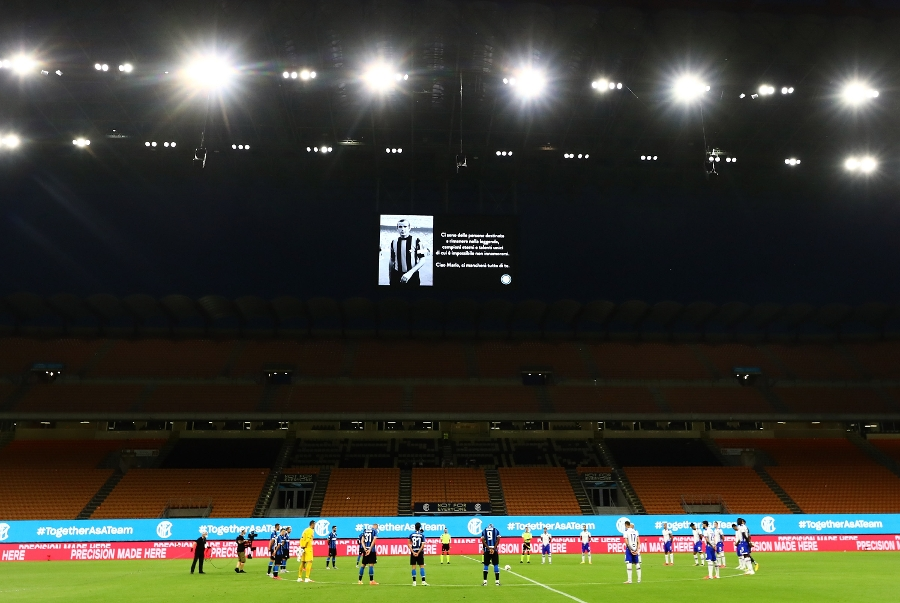 Minute's silence at the Meazza in honour of Mario Corso