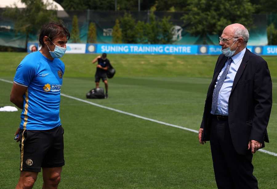 Massimo Galli's visit to the Suning Training Centre