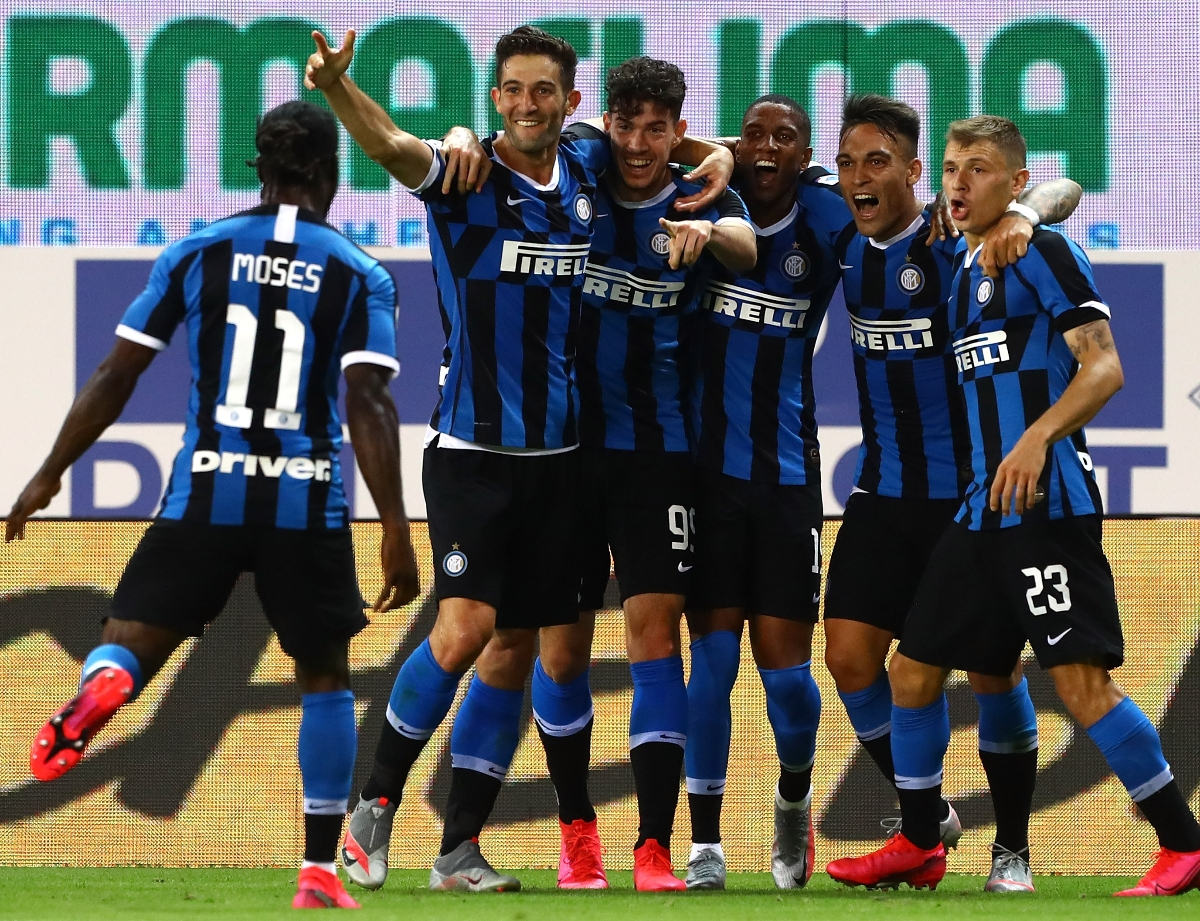 Parma 1-2 Inter, the game decided by de Vrij and Bastoni's late goals