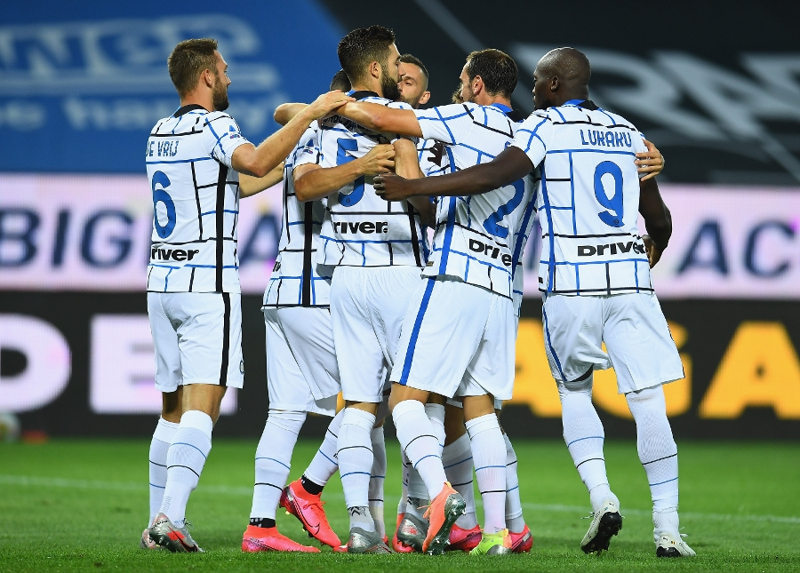 Inter beat Atalanta 2-0 and finish the season in second place