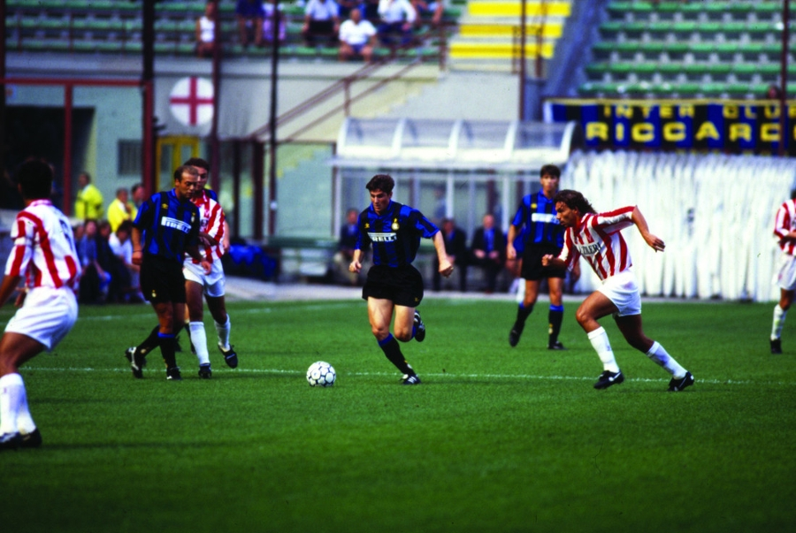 25 years since Javier Zanetti's first game in an Inter shirt