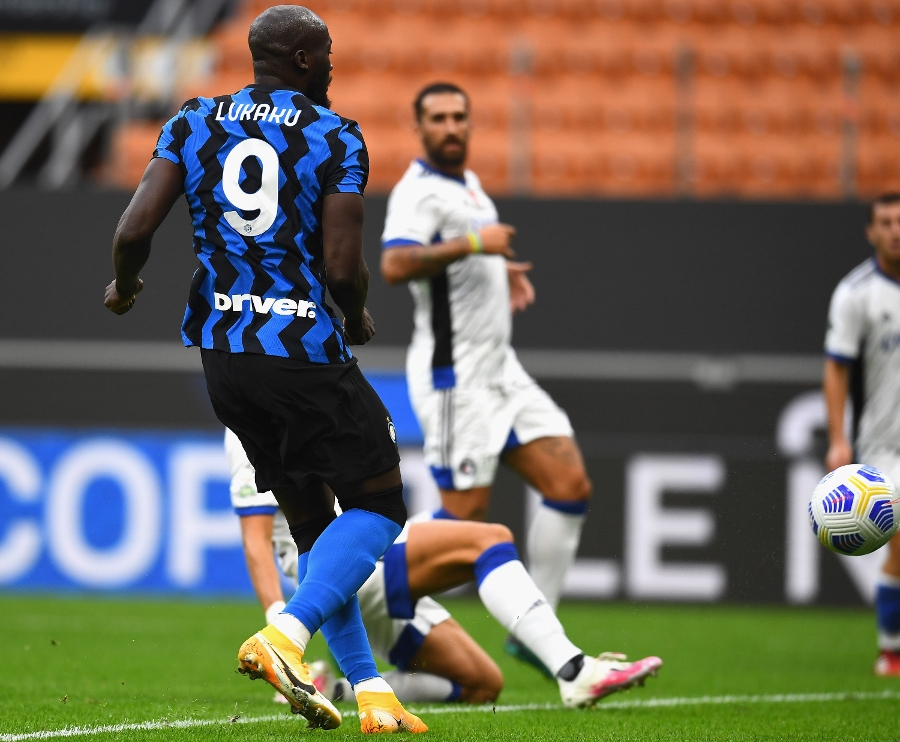 Inter cruise to a 7-0 victory over Pisa at San Siro