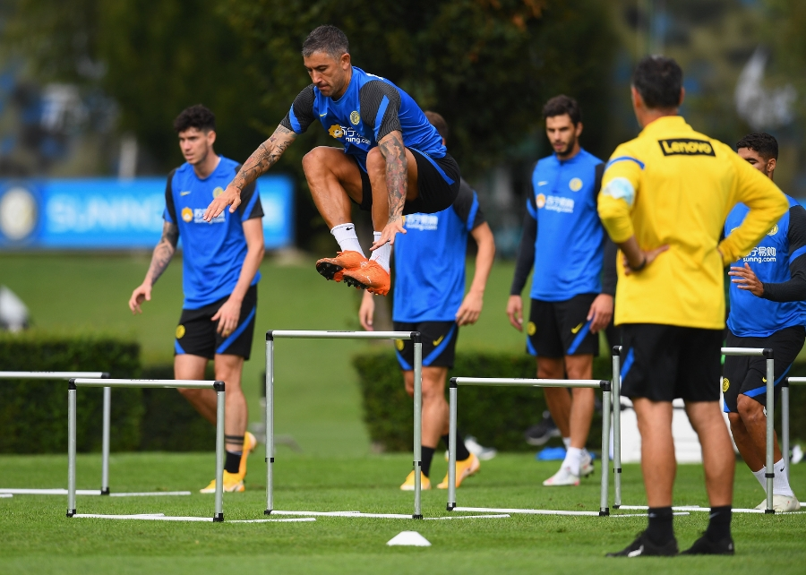 Working towards Inter vs. Fiorentina: the photos from training