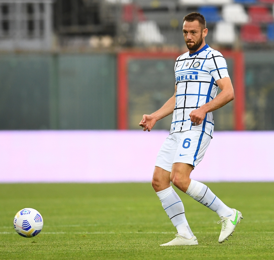 Crotone-Inter 0-2, match review