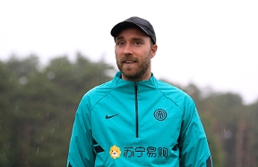 Christian Eriksen in Appiano: meeting with team-mates and update on condition