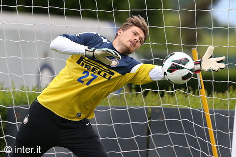 Goalkeepers at work ahead of Inter v Udinese